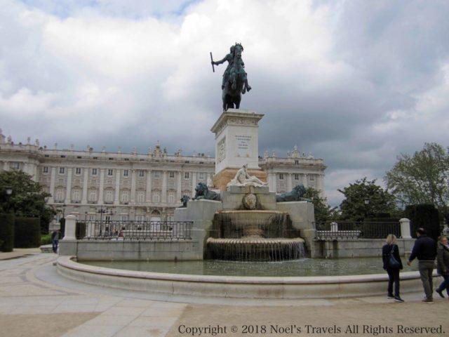 マドリードのオリエンテ広場