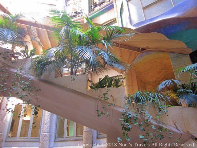 カサ・ミラの階段
