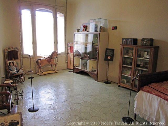 カサ・ミラの部屋