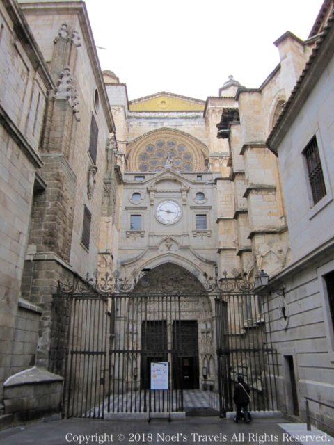 トレド大聖堂の時計の門