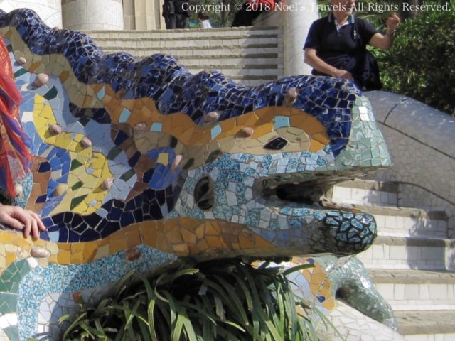 グエル公園のドラゴンの像