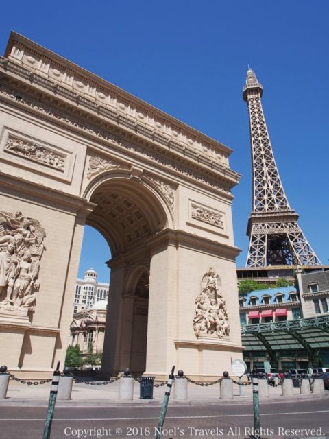 ラスベガスの凱旋門とエッフェル塔