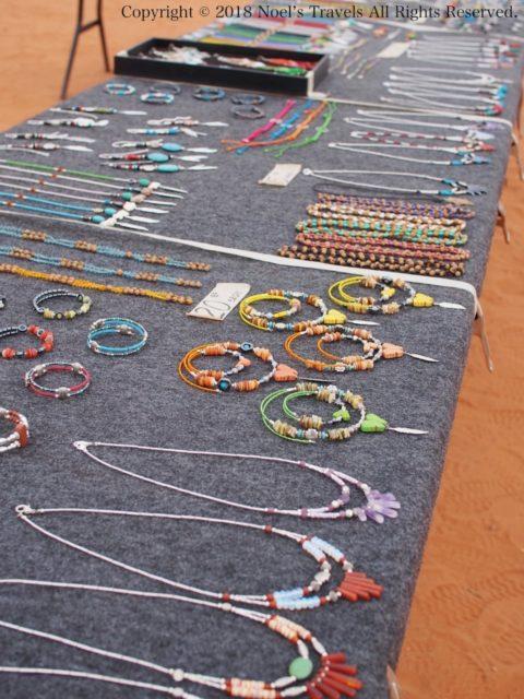 モニュメントバレーで売っていたナバホ族のアクセサリー