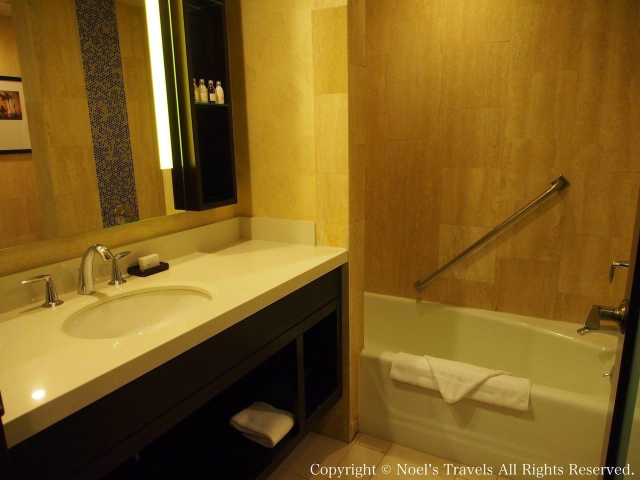 The LA グランドホテル・ダウンタウンのバスルーム