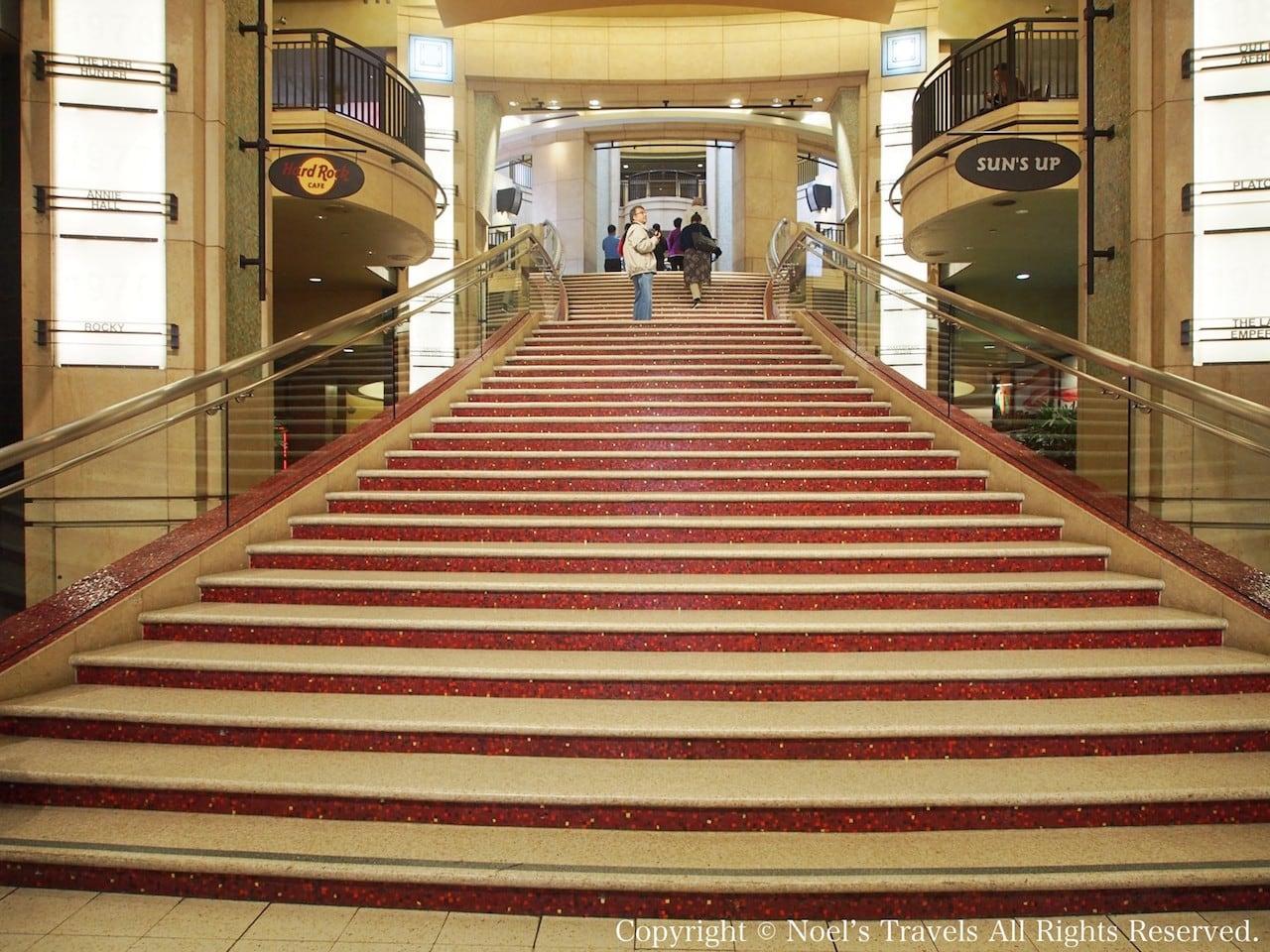 ドルビー・シアターの階段
