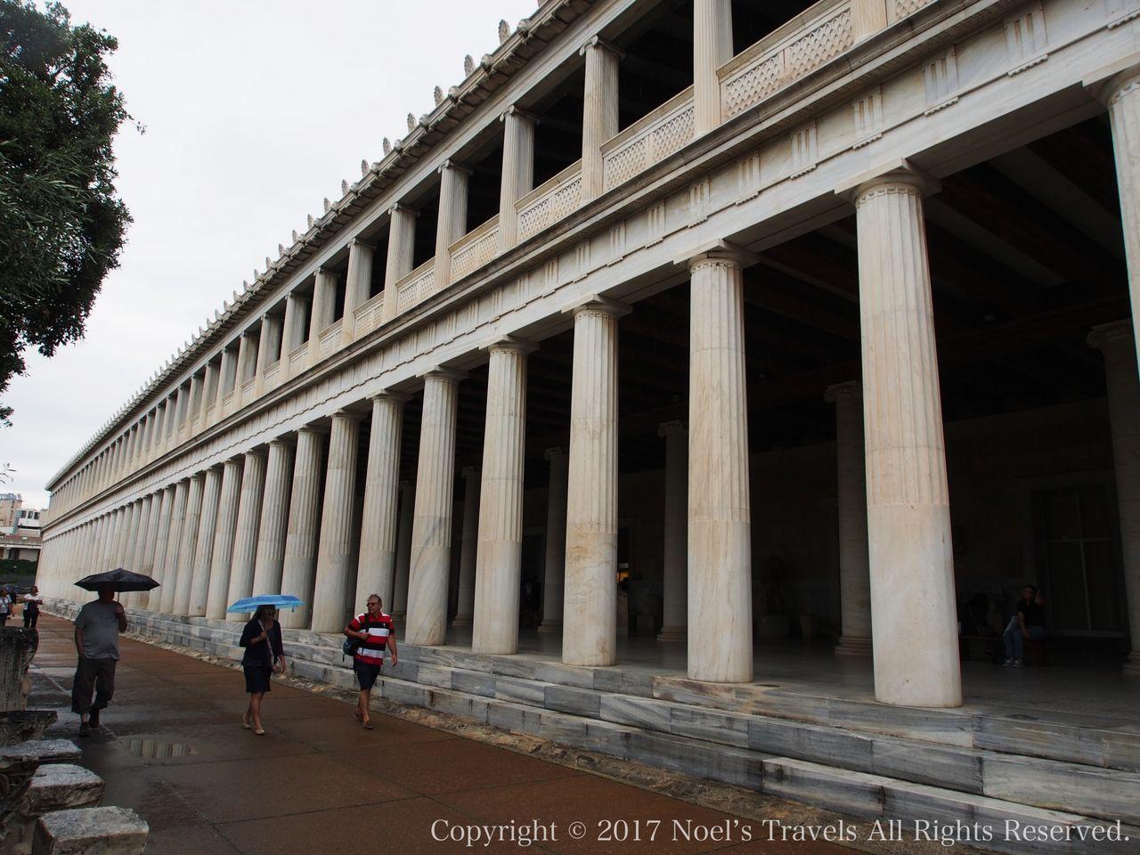 古代アゴラのアタロスの中廊