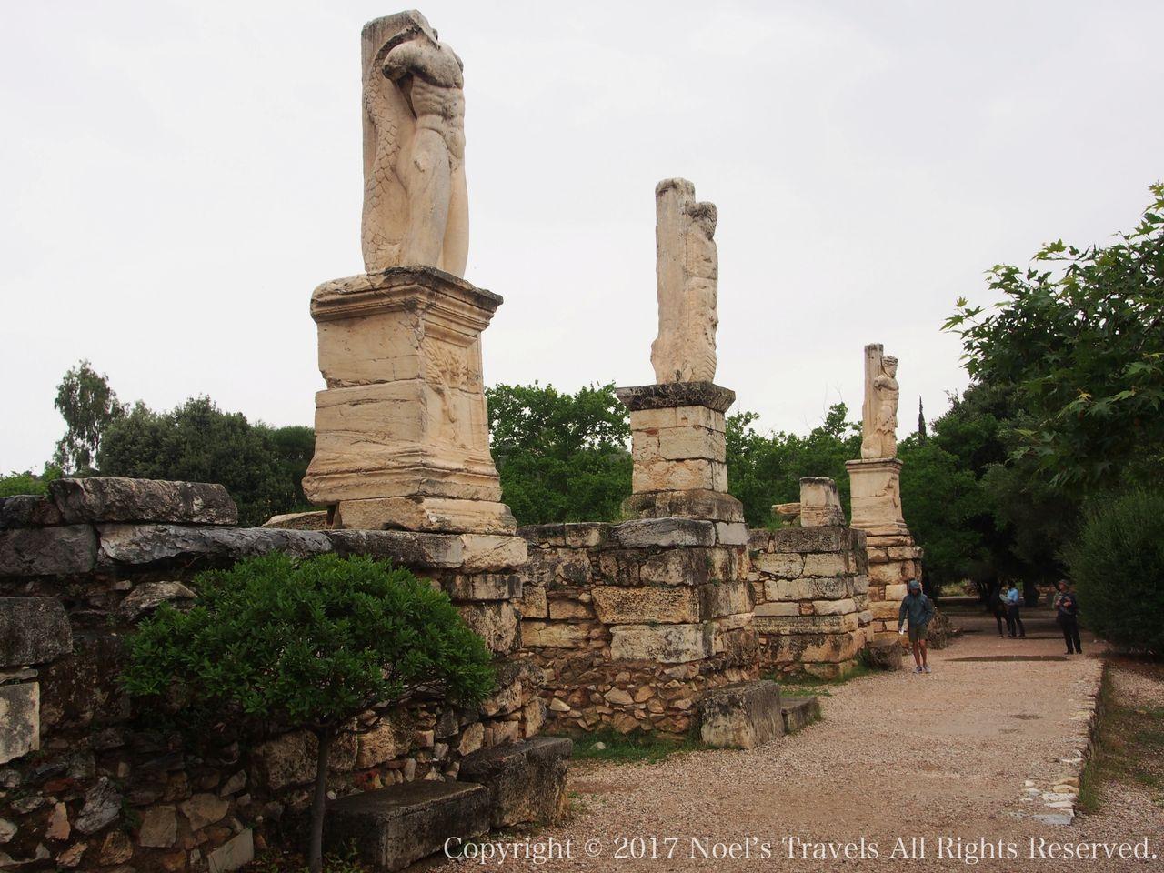 古代アゴラのトリトンの像