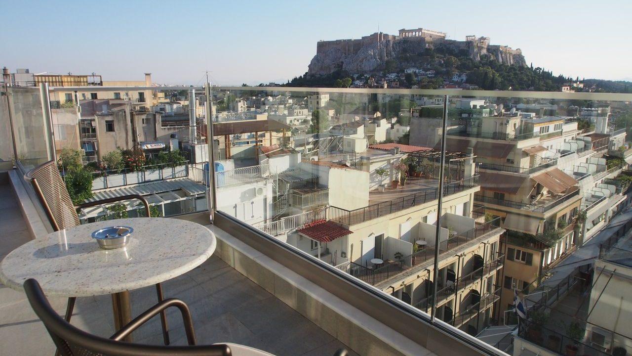 エレクトラ・メトロポリス・アテネから見たアクロポリス