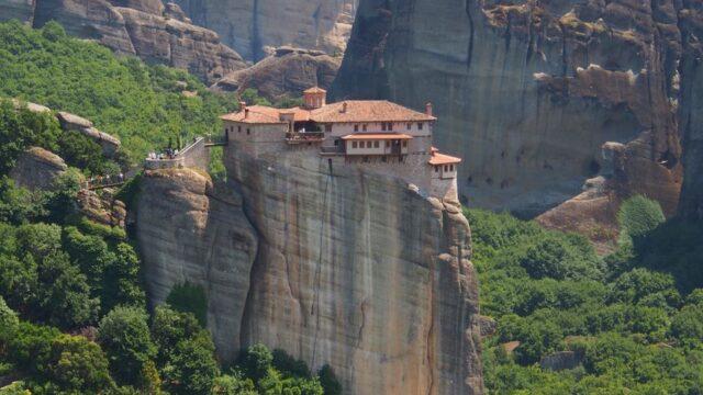 ギリシャのメテオラのルサヌー修道院