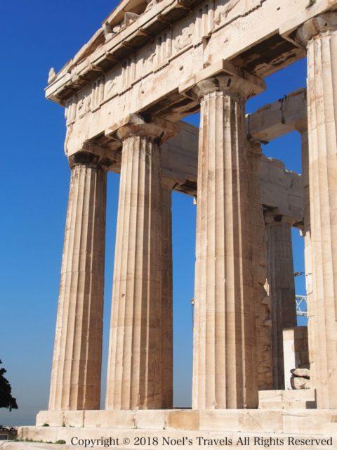 パルテノン神殿のドーリア式の柱