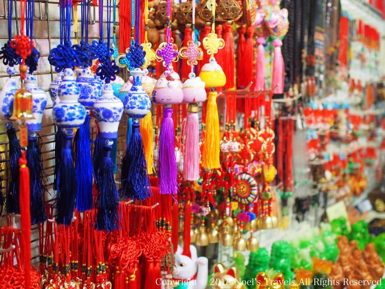 香港のナイトマーケット「男人街」