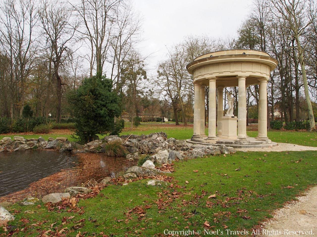 シャンティイ城の庭園「イングリッシュ・ガーデン」