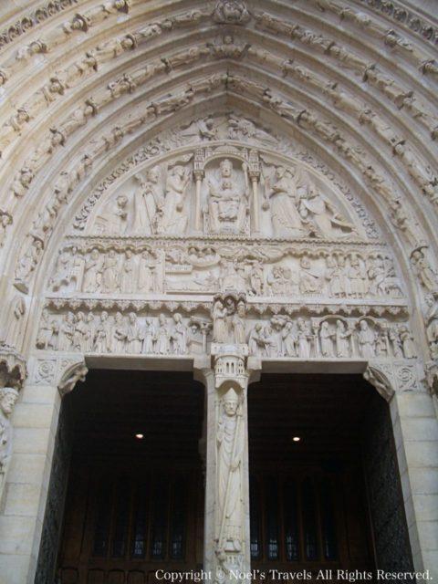 ノートルダム寺院の彫刻