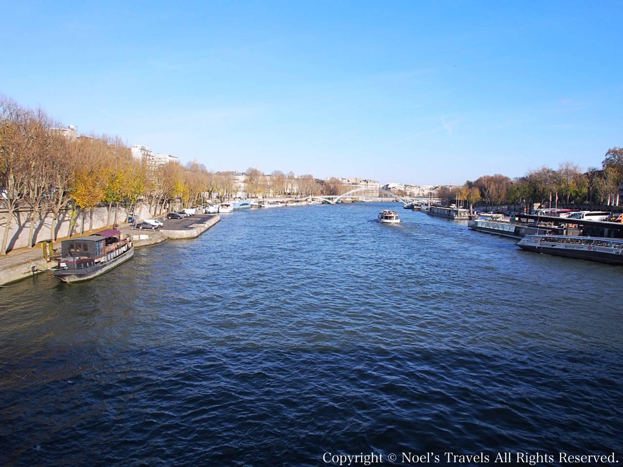 パリのセーヌ川
