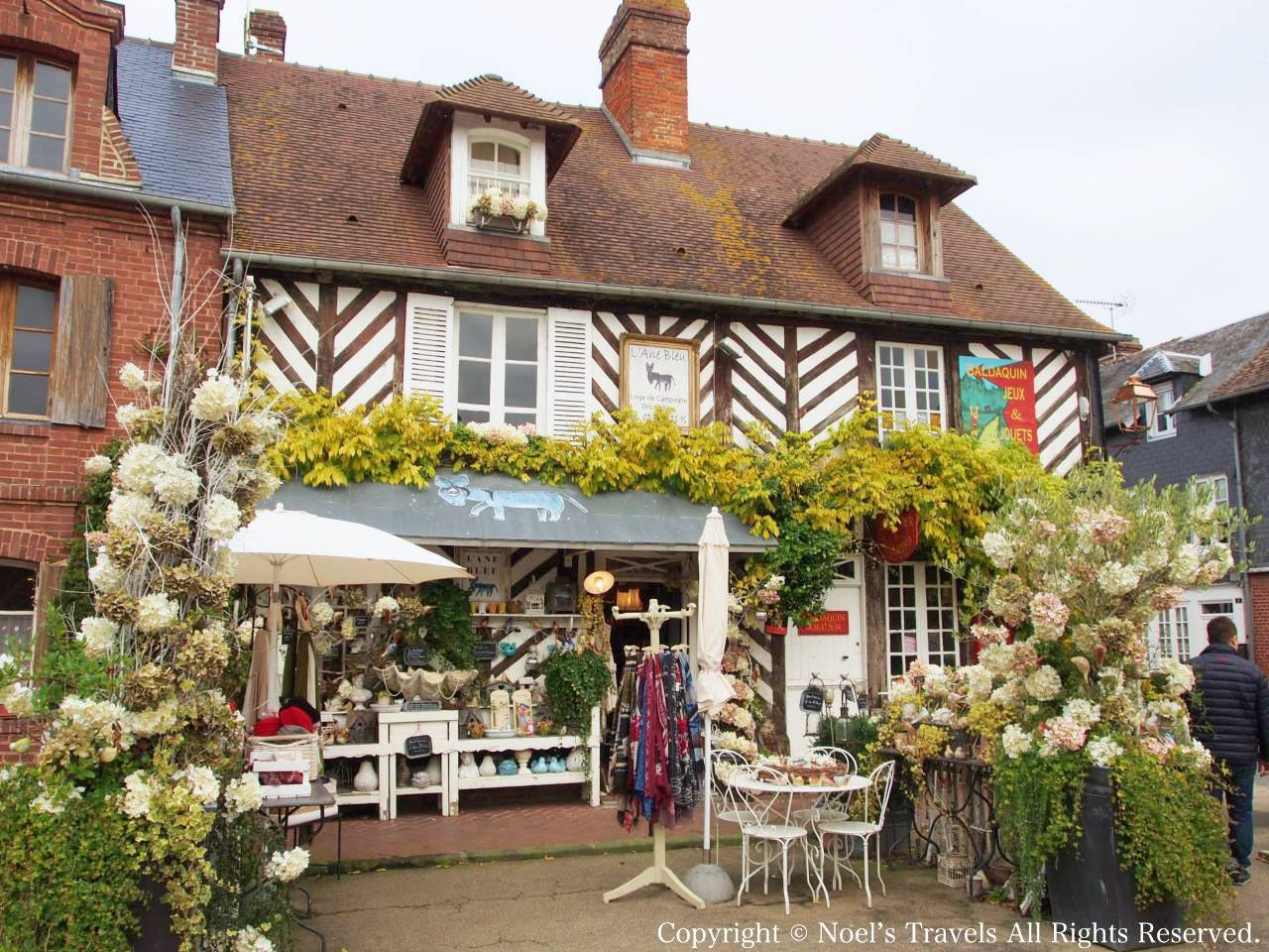 フランスで最も美しい村のひとつ「ブブロン村」