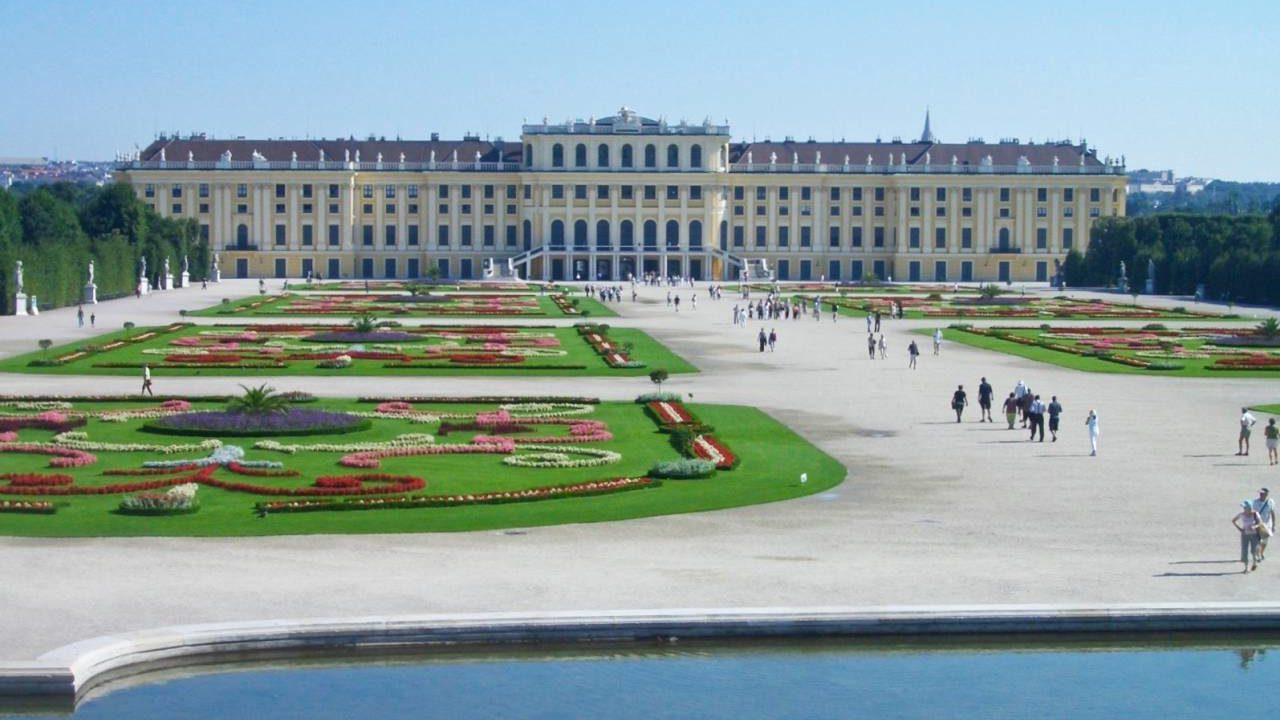 シェーンブルン宮殿の庭園