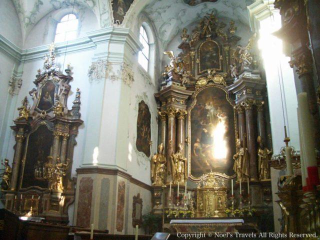 ザルツブルク大聖堂の内部