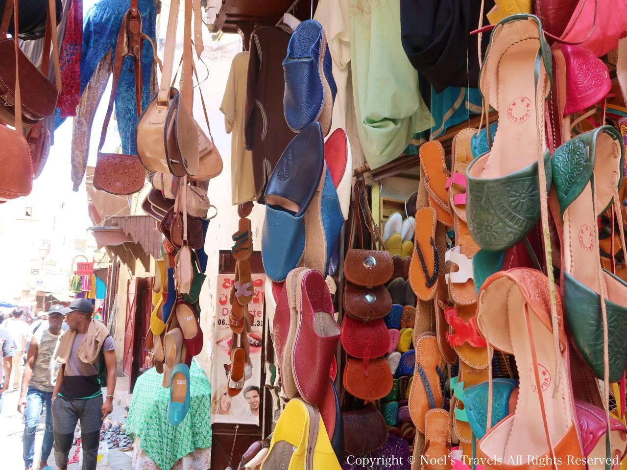 フェズの旧市街の革製品店