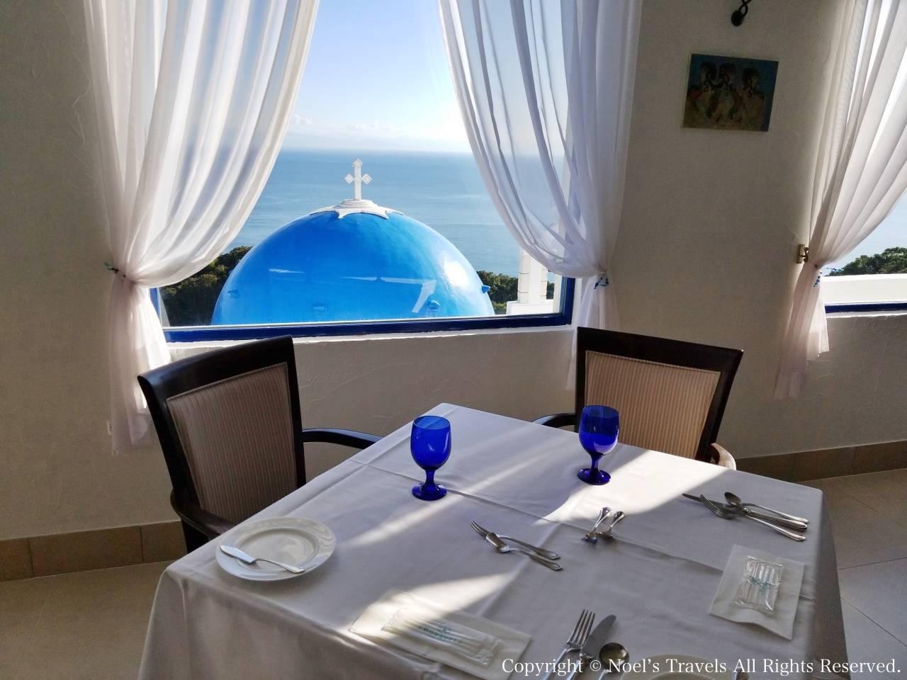 ヴィラ・サントリーニ本館のレストラン