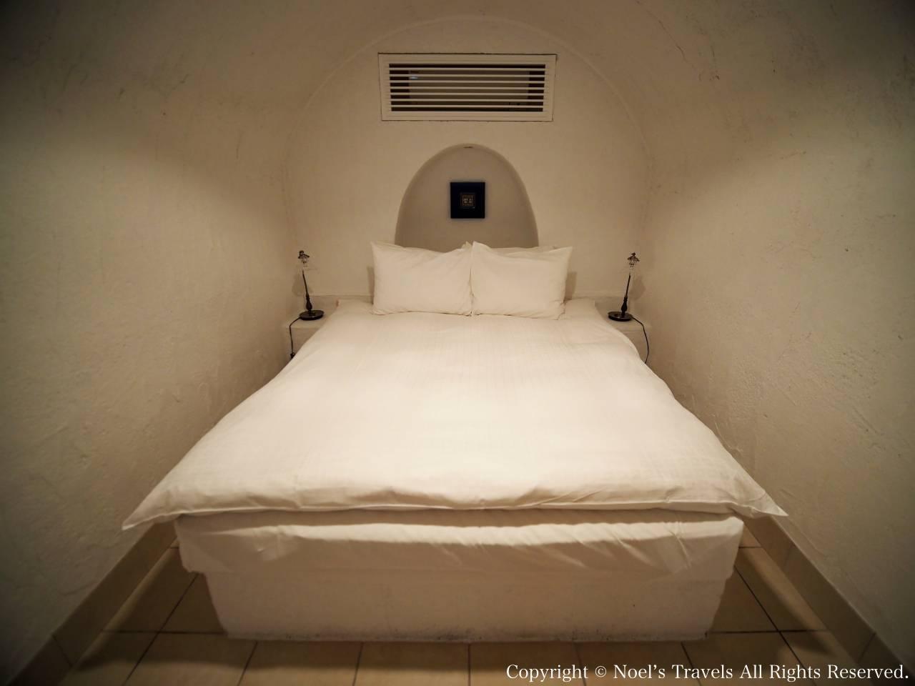 ヴィラ・サントリーニのベッドルーム